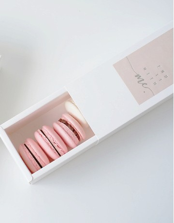 LIMITED EDITION - Dearest Mom Macaron Box (6's)