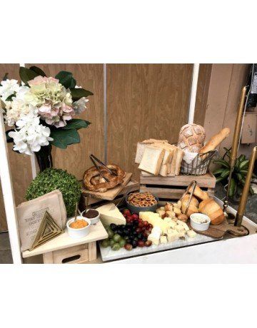 Bread and Pastry Cart (50-70pax)