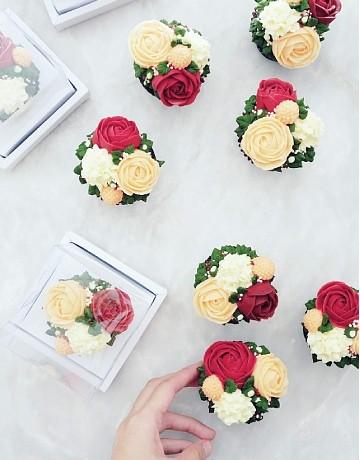 Floral Buttercream Cupcakes (Per Piece)